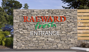 Raeward Fresh Entrance